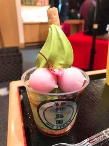 抹茶さくら大福ソフトクリーム